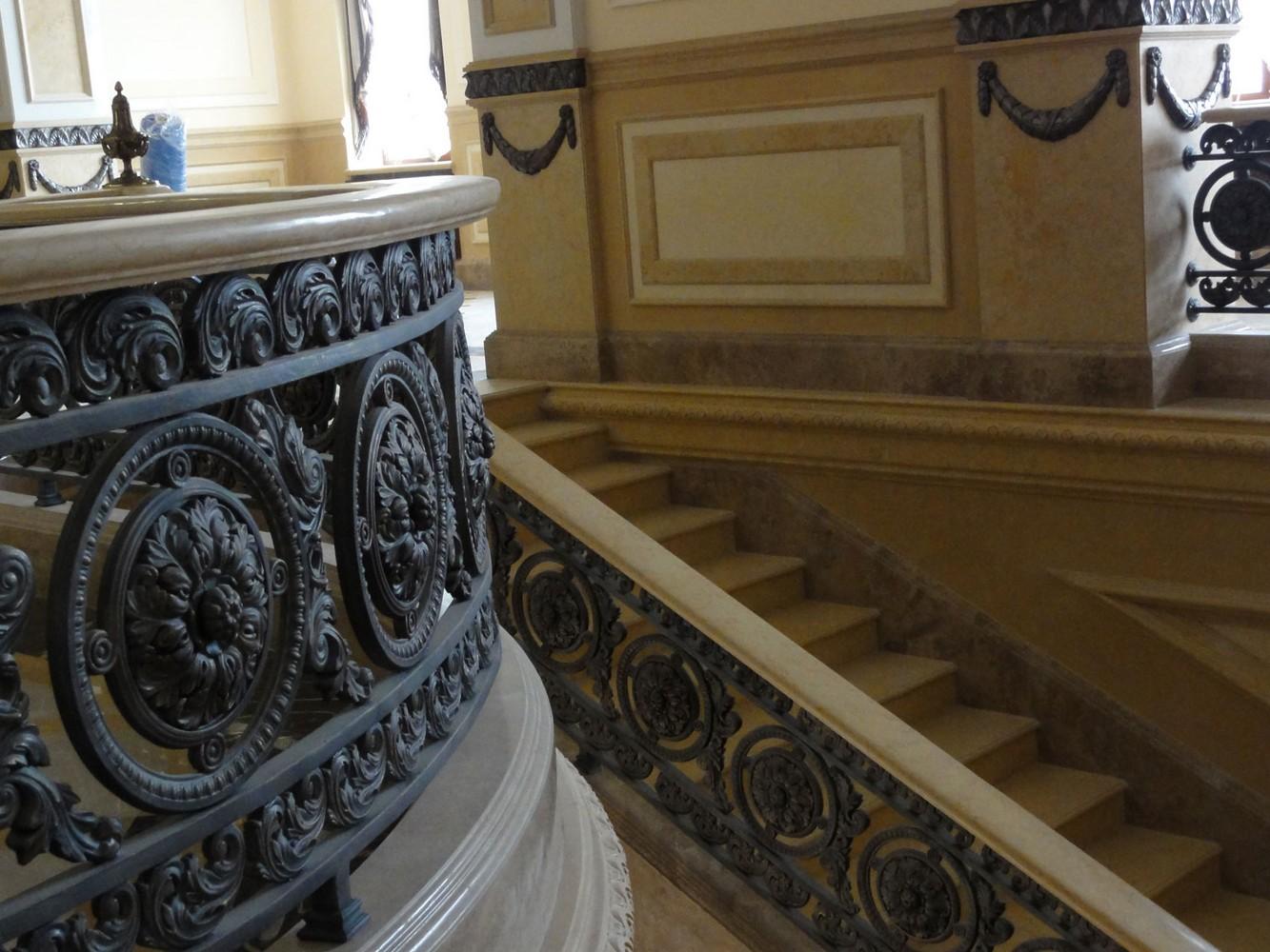 Лестница из чугуна. Фрагмент