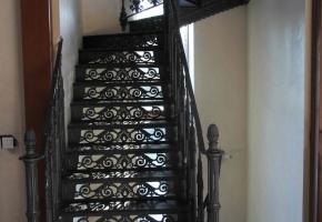 Лестница из чугуна